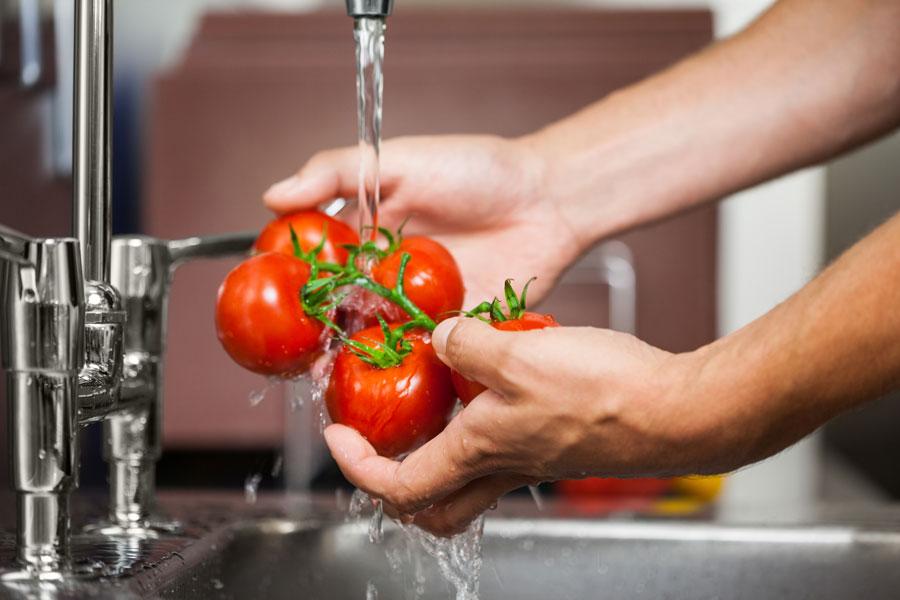 foto acqua rubinetto